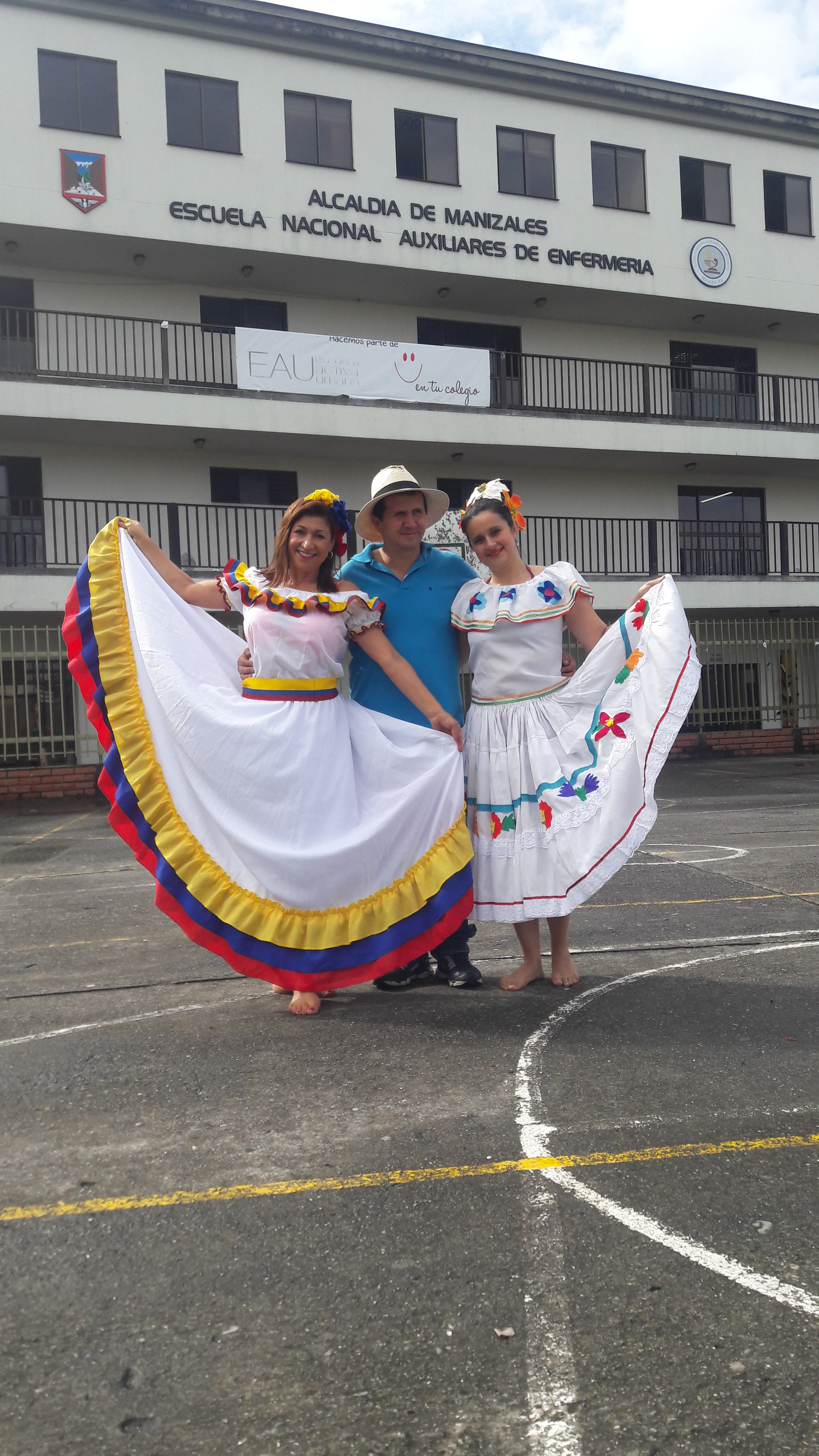 Luchemos por seguir conservando nuestro hermoso folclor Colombiano